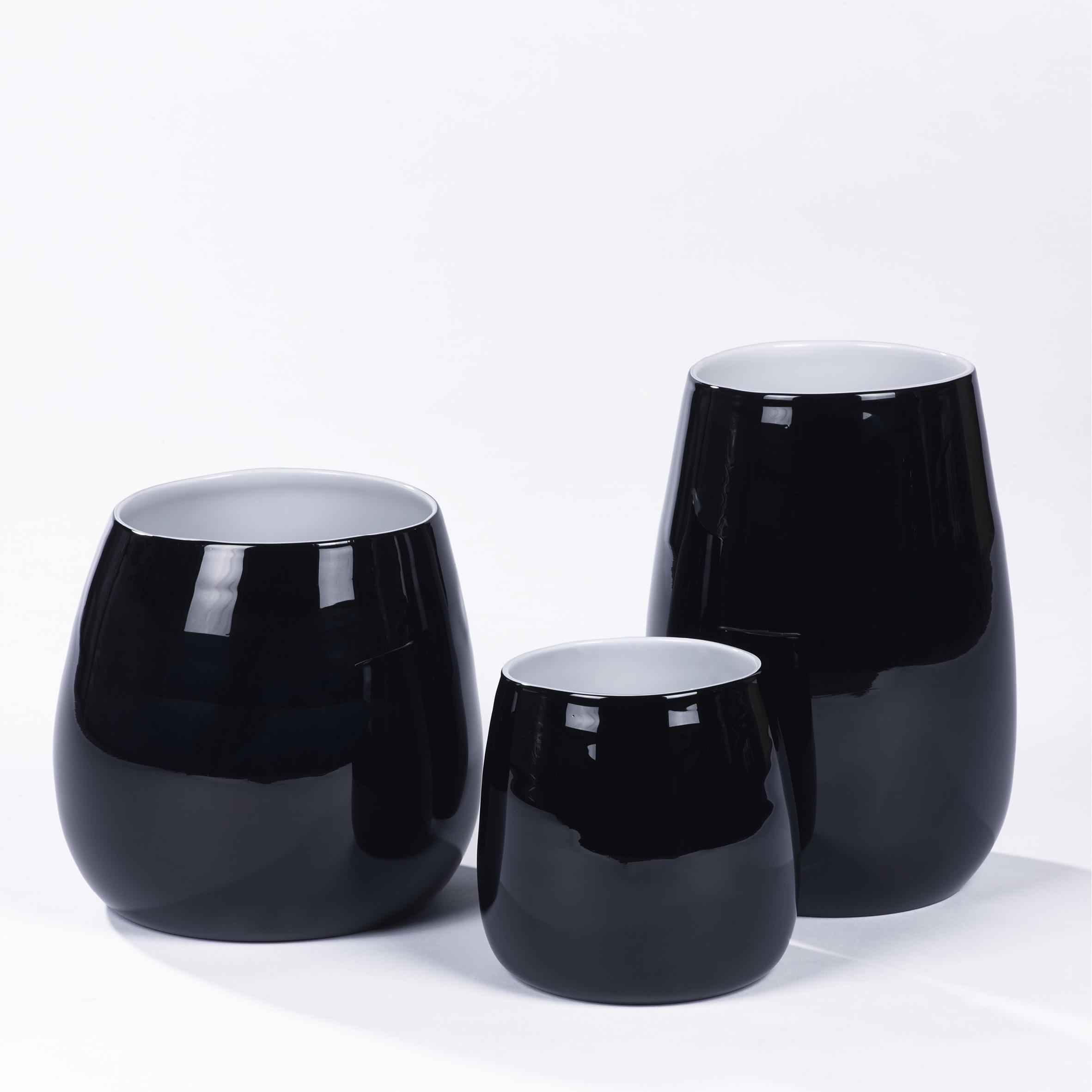 lambert pisano vase schwarz lambert querpass shop. Black Bedroom Furniture Sets. Home Design Ideas